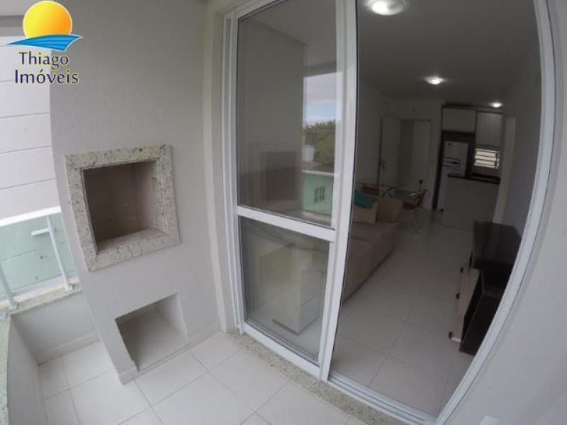 Apartamento com o Código 10001100 para alugar no bairro Canasvieiras na cidade de Florianópolis com 1 dormitorio(s) possui 1 garagem(ns) possui 1 banheiro(s)