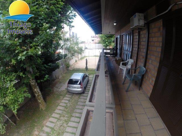 Casa com o Código 10001639 para alugar no bairro Canasvieiras na cidade de Florianópolis com 3 dormitorio(s) possui 3 banheiro(s)