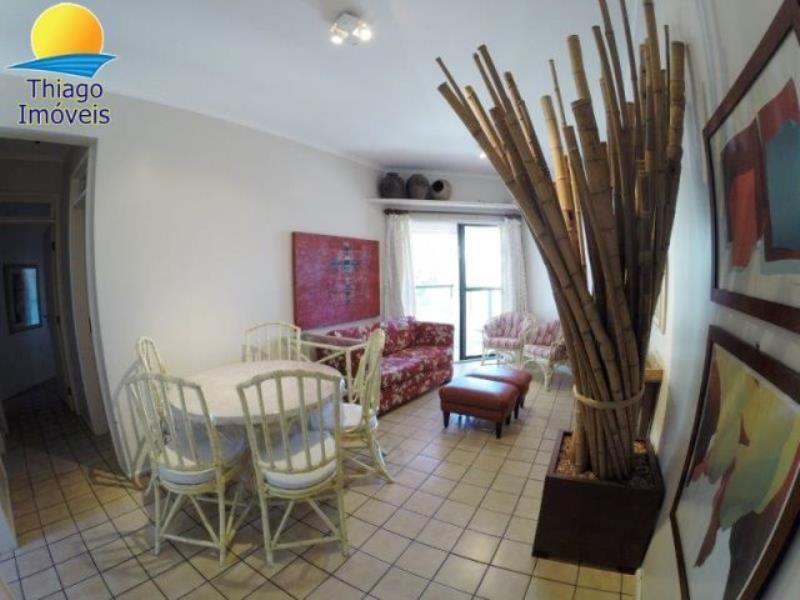 Apartamento com o Código 10014453 para alugar na temporada no bairro Canasvieiras na cidade de Florianópolis com 2 dormitorio(s) possui 2 garagem(ns) possui 2 banheiro(s)