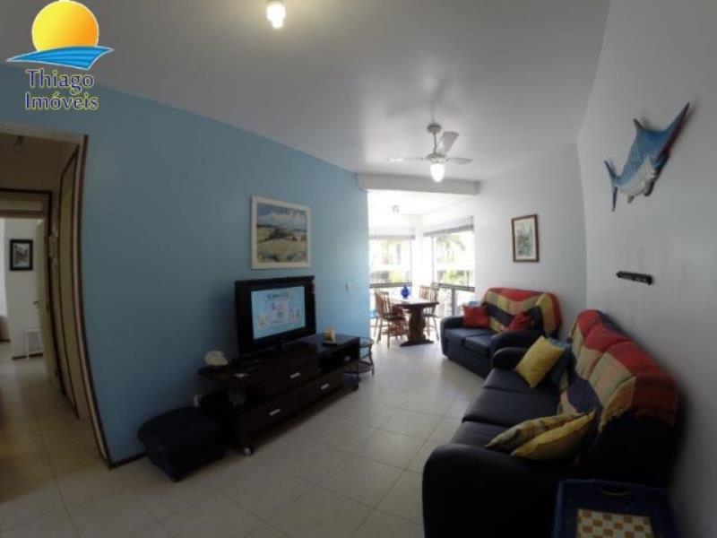 Apartamento com o Código 10014457 para alugar na temporada no bairro Canasvieiras na cidade de Florianópolis com 2 dormitorio(s) possui 1 garagem(ns) possui 2 banheiro(s)