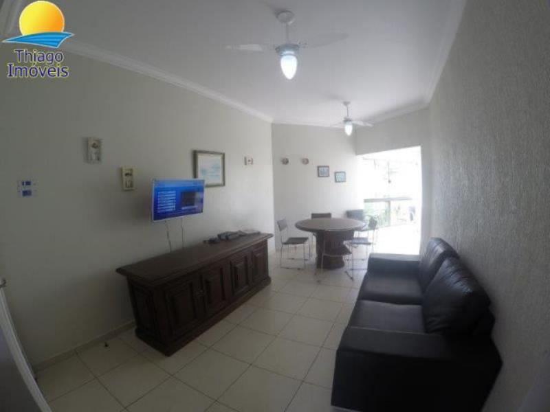 Apartamento com o Código 10014460 para alugar na temporada no bairro Canasvieiras na cidade de Florianópolis com 2 dormitorio(s) possui 2 garagem(ns) possui 2 banheiro(s)