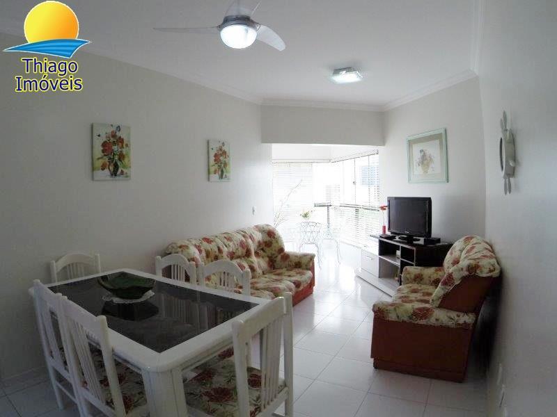 Apartamento com o Código 10002859 para alugar na temporada no bairro Canasvieiras na cidade de Florianópolis com 2 dormitorio(s) possui 1 garagem(ns) possui 2 banheiro(s)