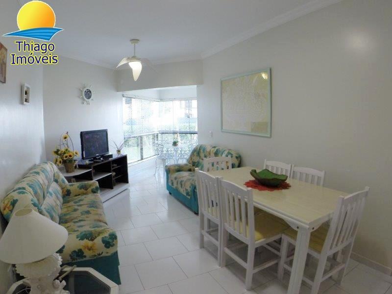 Apartamento com o Código 10002862 para alugar na temporada no bairro Canasvieiras na cidade de Florianópolis com 2 dormitorio(s) possui 1 garagem(ns) possui 2 banheiro(s)