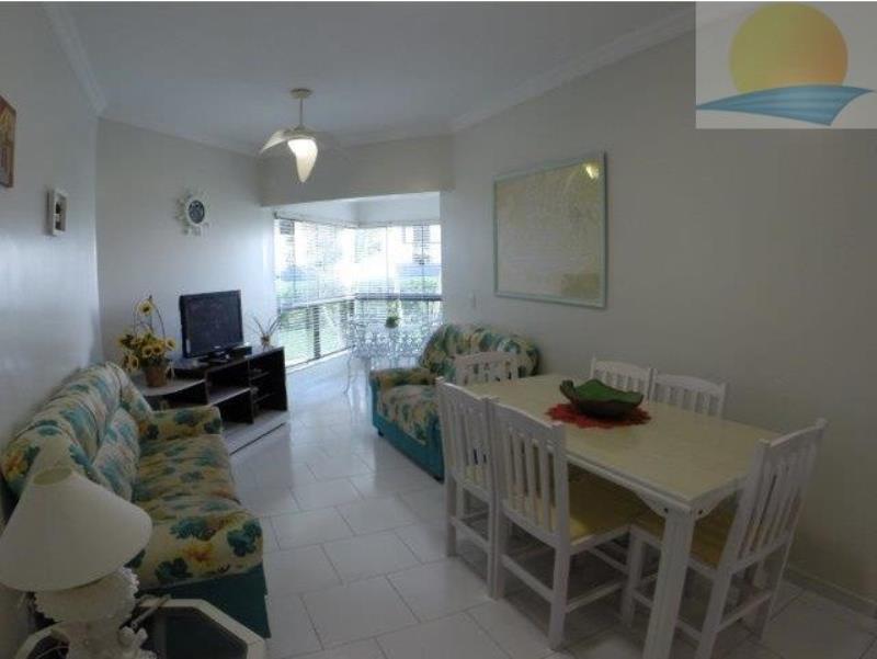 Apartamento com o Código 10014462 para alugar na temporada no bairro Canasvieiras na cidade de Florianópolis com 2 dormitorio(s) possui 1 garagem(ns) possui 2 banheiro(s)