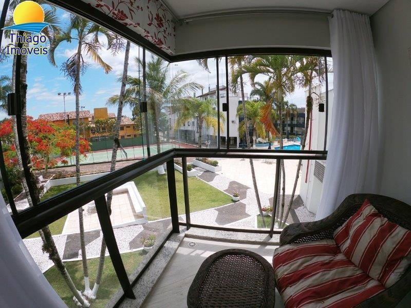 Apartamento com o Código 10014465 para alugar na temporada no bairro Canasvieiras na cidade de Florianópolis com 3 dormitorio(s) possui 2 garagem(ns) possui 2 banheiro(s)