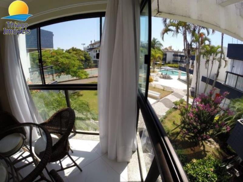 Apartamento com o Código 2930 para alugar na temporada no bairro Canasvieiras na cidade de Florianópolis com 2 dormitorio(s) possui 1 garagem(ns) possui 2 banheiro(s)