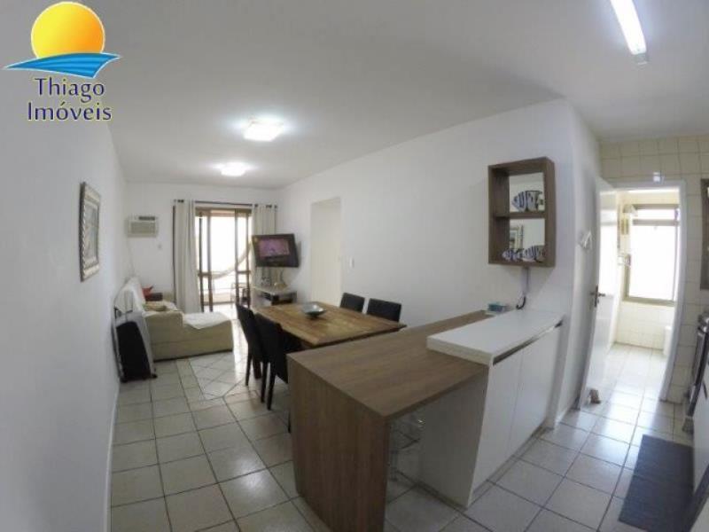 Apartamento com o Código 10014469 para alugar na temporada no bairro Canasvieiras na cidade de Florianópolis com 2 dormitorio(s) possui 1 garagem(ns) possui 1 banheiro(s)