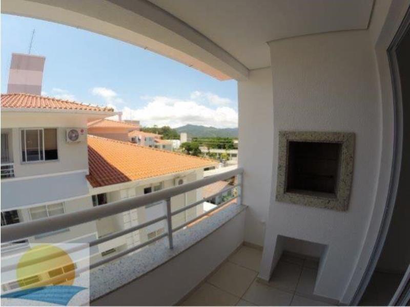 Apartamento com o Código 8357 à Venda no bairro Canasvieiras na cidade de Florianópolis com 1 dormitorio(s) possui 1 garagem(ns) possui 1 banheiro(s)
