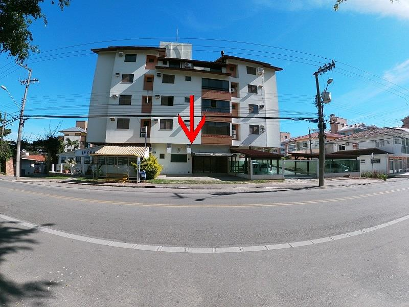 Sala com o Código 10001853 para alugar no bairro Cachoeira do Bom Jesus na cidade de Florianópolis possui 1 banheiro(s) com área de 27,00 m2