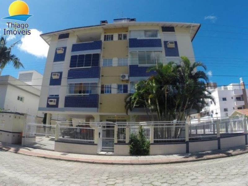 Apartamento com o Código 10001860 para alugar no bairro Canasvieiras na cidade de Florianópolis com 2 dormitorio(s) possui 1 garagem(ns) possui 2 banheiro(s) com área de 67,30 m2