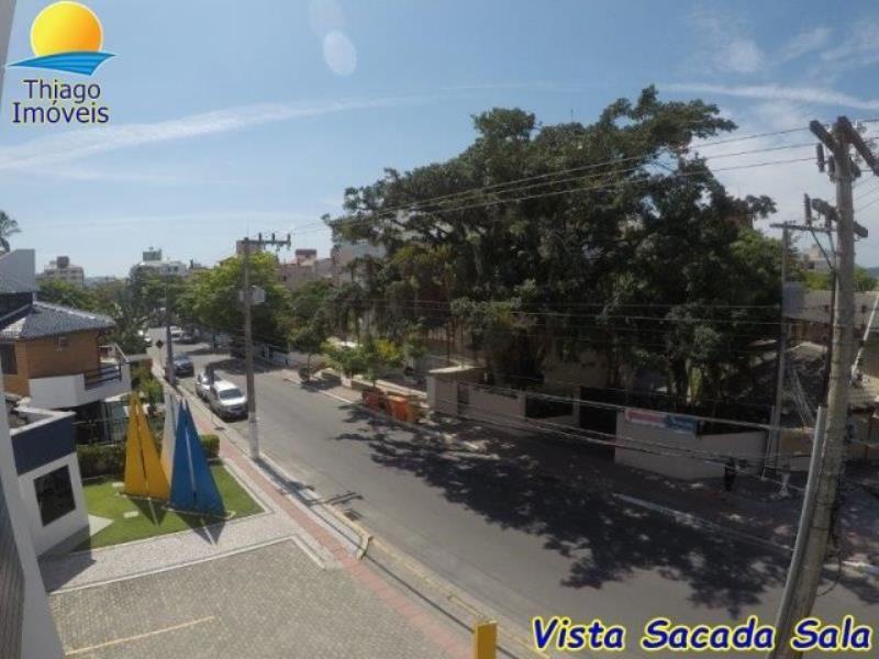 Apartamento com o Código 10001861 para alugar no bairro Canasvieiras na cidade de Florianópolis com 3 dormitorio(s) possui 2 garagem(ns) possui 2 banheiro(s)