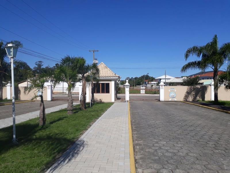 Terreno com o Código 100012 à Venda no bairro Canasvieiras na cidade de Florianópolis