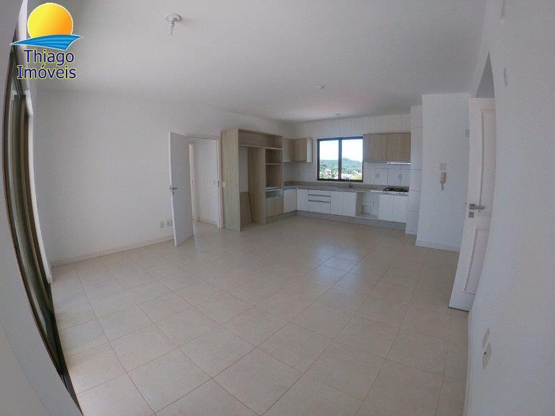 Cobertura com o Código 10011251 para alugar no bairro Cachoeira do Bom Jesus na cidade de Florianópolis com 2 dormitorio(s) possui 2 garagem(ns) possui 2 banheiro(s) com área de 201,65 m2