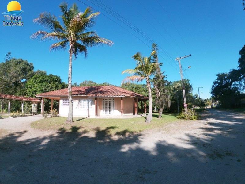 Casa com o Código 10820820 para alugar no bairro Vargem Grande na cidade de Florianópolis com 5 dormitorio(s) possui 4 banheiro(s)