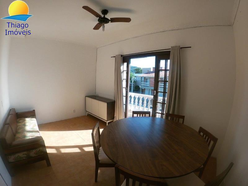 Apartamento com o Código 10029003 para alugar no bairro Canasvieiras na cidade de Florianópolis com 2 dormitorio(s) possui 1 banheiro(s)