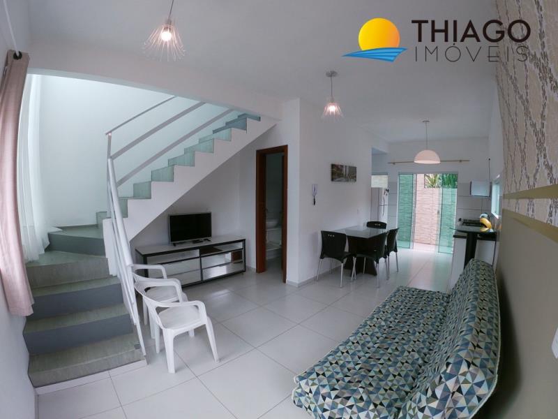 Duplex - Geminada com o Código 1100 para alugar no bairro Canasvieiras na cidade de Florianópolis com 2 dormitorio(s) possui 1 garagem(ns) possui 2 banheiro(s)