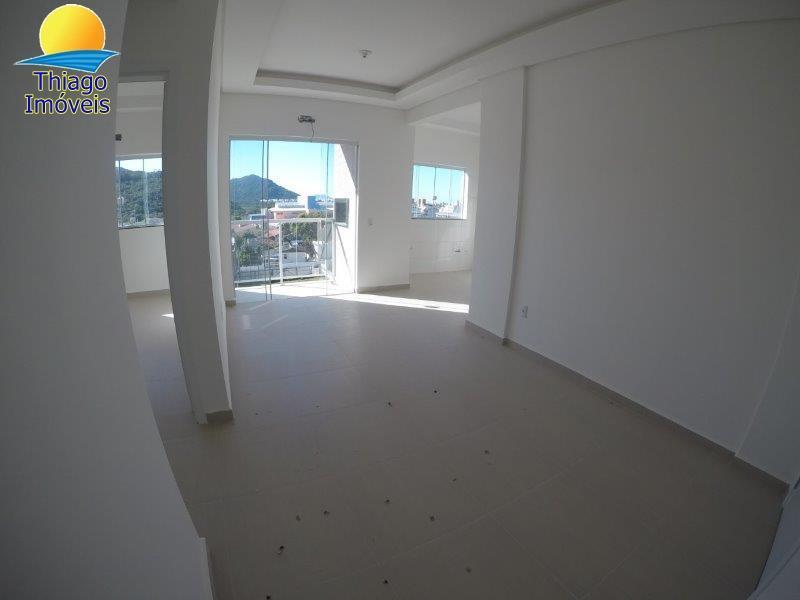 Apartamento com o Código 123 para alugar no bairro Ingleses do Rio Vermelho na cidade de Florianópolis com 1 dormitorio(s) possui 1 garagem(ns) possui 1 banheiro(s) com área de 45,03 m2
