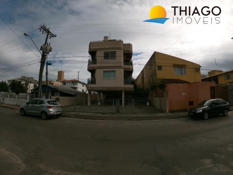 Apartamento com o Código 314 para alugar na temporada no bairro Canasvieiras na cidade de Florianópolis com 1 dormitorio(s) possui 1 banheiro(s)