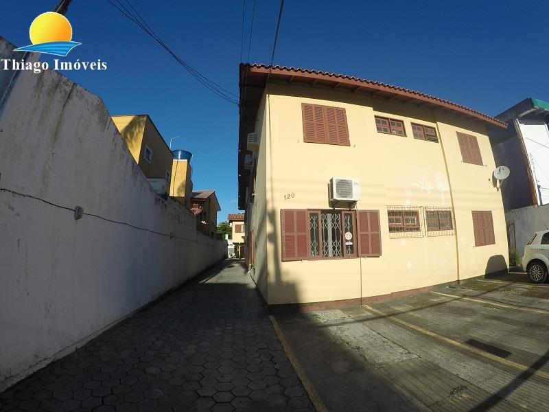 Apartamento com o Código 4140 à Venda no bairro Canasvieiras na cidade de Florianópolis com 1 dormitorio(s) possui 1 garagem(ns) possui 1 banheiro(s) com área de 40,22 m2