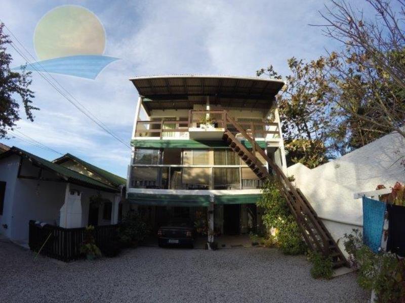 Apartamento com o Código 11010 para alugar no bairro Canasvieiras na cidade de Florianópolis com 1 dormitorio(s) possui 1 garagem(ns) possui 1 banheiro(s)