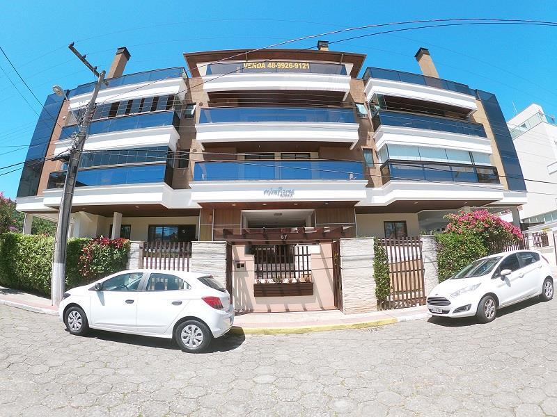 Apartamento com o Código 10021251 à Venda no bairro Cachoeira do Bom Jesus na cidade de Florianópolis com 3 dormitorio(s) possui 2 garagem(ns) possui 2 banheiro(s) com área de 234,13 m2