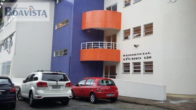 Kitnet-Codigo-227-para-alugar-no-bairro-Trindade-na-cidade-de-Florianópolis