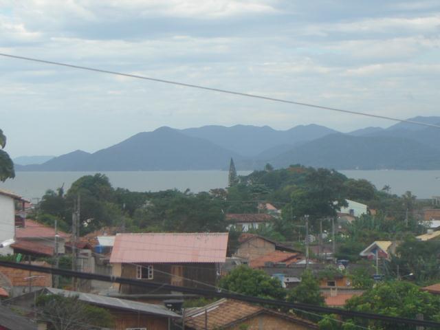 Casa-Codigo-644-para-Locacao-no-bairro-Tapera-na-cidade-de-Florianópolis
