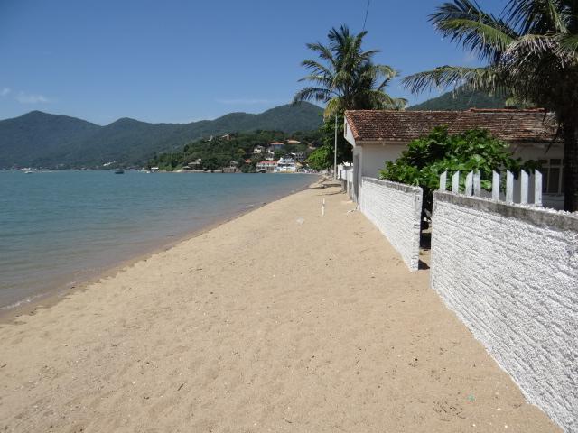 Casa-Codigo-786-a-Venda-no-bairro-Ribeirão da Ilha-na-cidade-de-Florianópolis