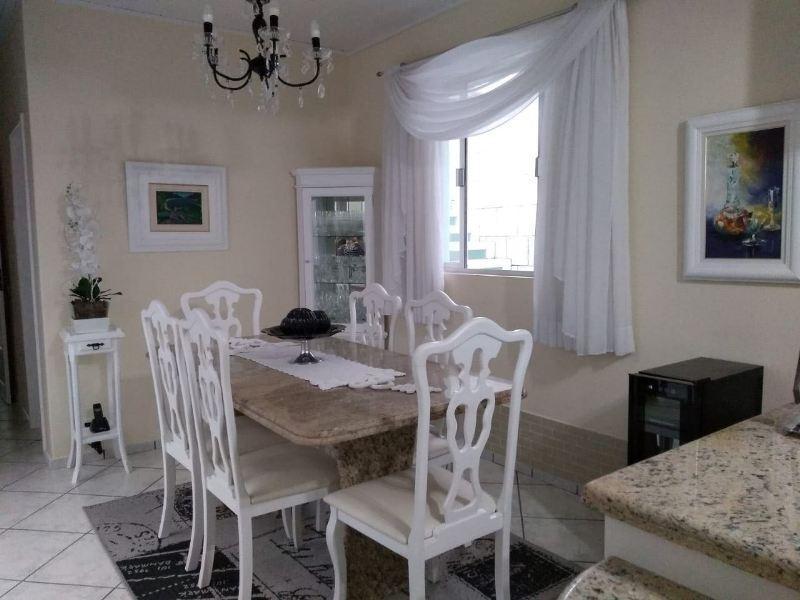 Casa-Codigo-982-a-Venda-no-bairro-Saco dos Limões-na-cidade-de-Florianópolis