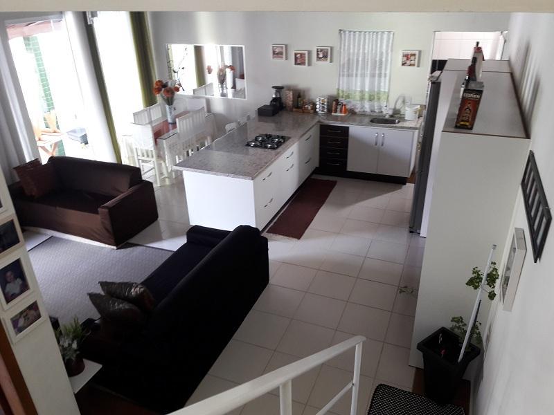 Casa-Codigo-983-a-Venda-no-bairro-Tapera-na-cidade-de-Florianópolis