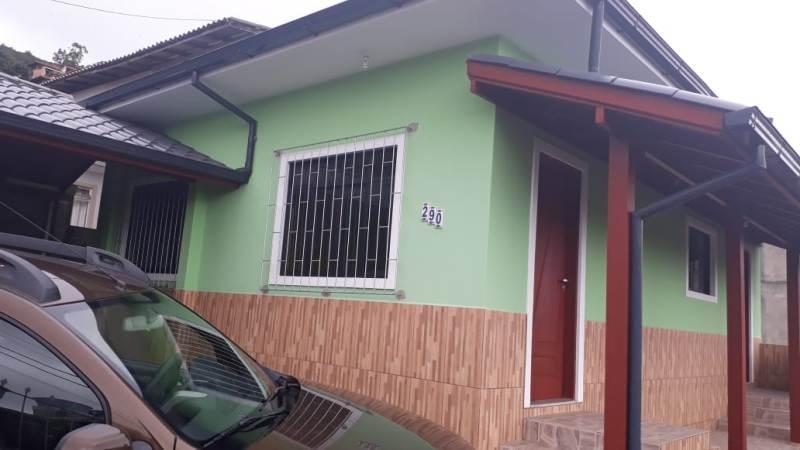 Casa-Codigo-1007-para-Locacao-no-bairro-Costeira do Pirajubaé-na-cidade-de-Florianópolis