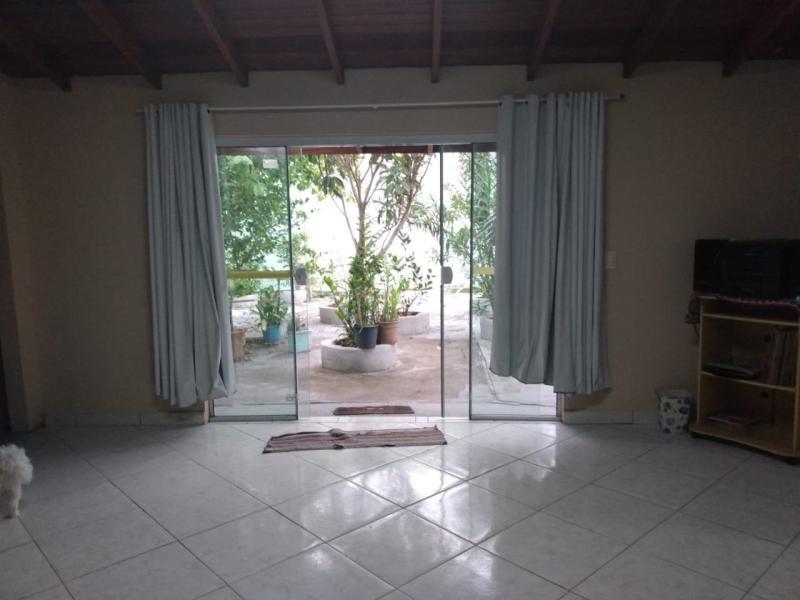 Casa-Codigo-1036-a-Venda-no-bairro-Ribeirão da Ilha-na-cidade-de-Florianópolis