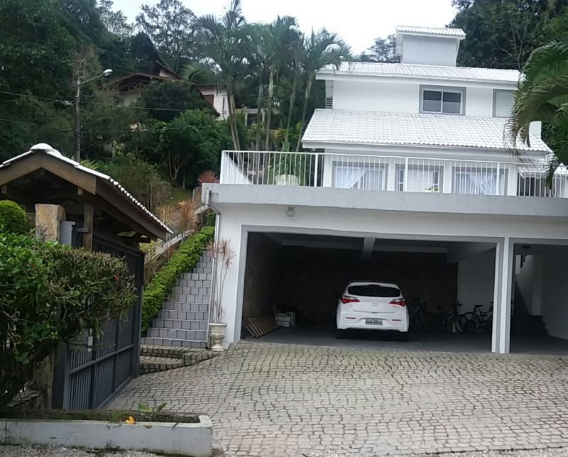 Casa-Codigo-1058-a-Venda-no-bairro-Saco dos Limões-na-cidade-de-Florianópolis