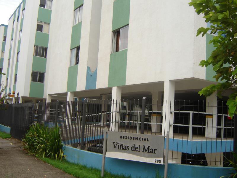Apartamento-Codigo-420-para-Locacao-no-bairro-Itacorubi-na-cidade-de-Florianópolis