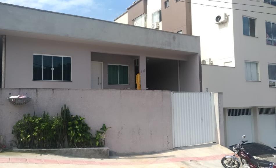 Casa Codigo 3132 a Venda no bairro-Nações na cidade de Balneário Camboriú