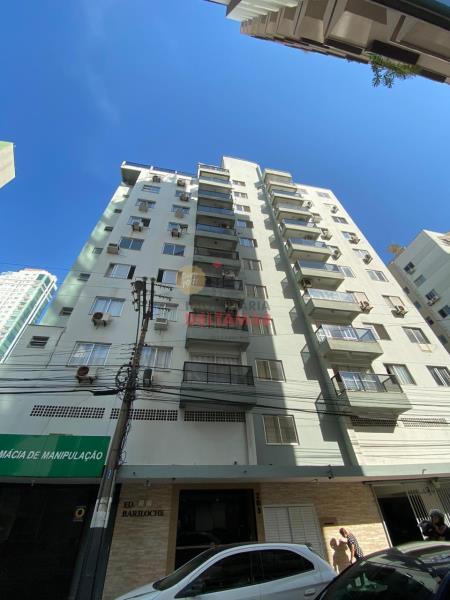 Apartamento Codigo 3563 para Locacao no bairro Centro na cidade de Balneário Camboriú