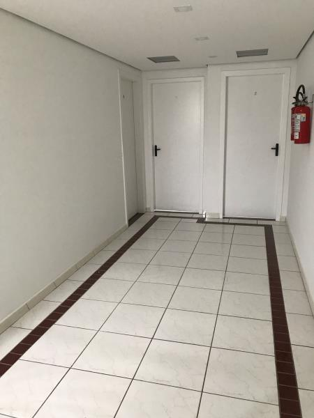 Sala-Codigo-3649-para-Alugar-no-bairro-Centro-na-cidade-de-Balneário-Camboriú