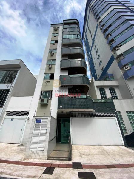Apartamento Codigo 3897 para Locacao no bairro Centro na cidade de Balneário Camboriú