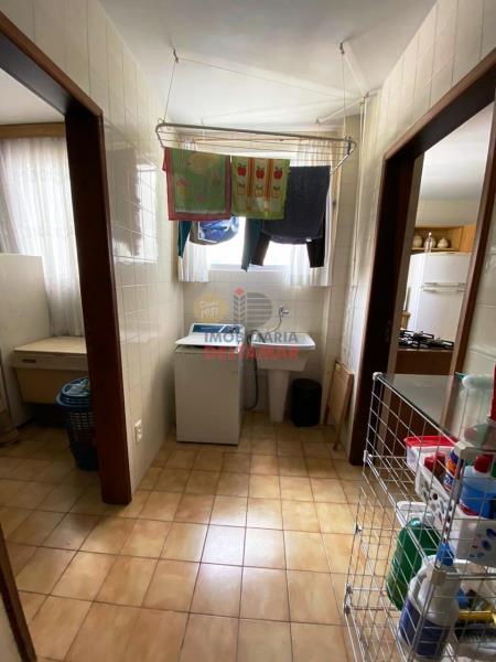 Apartamento-Codigo-4143-a-Venda-no-bairro-Centro-na-cidade-de-Balneário-Camboriú