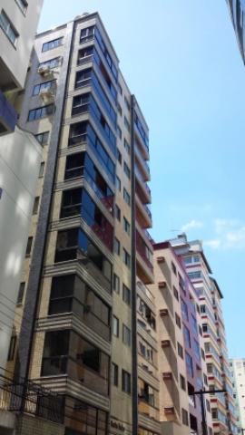 Apartamento Codigo 4149 para Temporada no bairro Centro na cidade de Balneário Camboriú