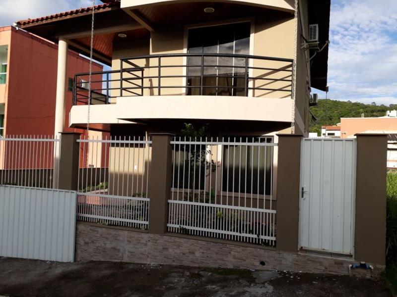 Sobrado Codigo 4504 a Venda no bairro-Ariribá na cidade de Balneário Camboriú