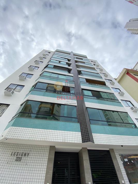 Apartamento Codigo 4594 para Locacao no bairro Centro na cidade de Balneário Camboriú
