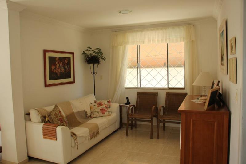 Casa-Codigo-4608-a-Venda-no-bairro-Ariribá-na-cidade-de-Balneário-Camboriú