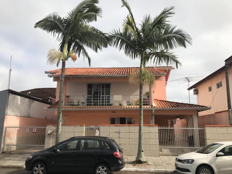 Sobrado Codigo 4699 a Venda no bairro-Centro na cidade de Balneário Camboriú