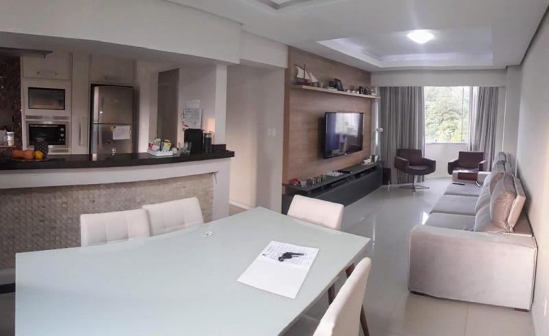 Apartamento-Codigo-4801-a-Venda-no-bairro-Pioneiros-na-cidade-de-Balneário-Camboriú
