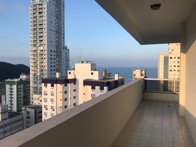 Apartamento-Codigo-4806-para-Alugar-no-bairro-Centro-na-cidade-de-Balneário-Camboriú