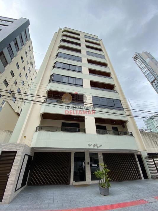 Apartamento Codigo 4842 para Locacao no bairro Centro na cidade de Balneário Camboriú