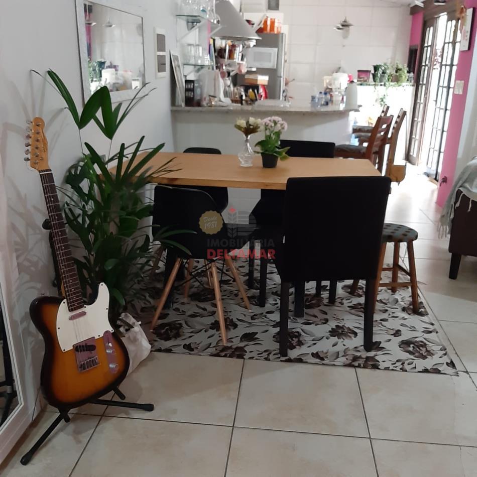 Casa Codigo 5083 a Venda no bairro-Estados na cidade de Balneário Camboriú