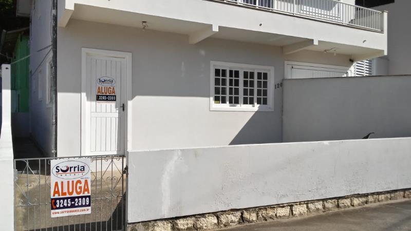Casa Código 79 para alugar no bairro Sul do Rio na cidade de Santo Amaro da Imperatriz Condominio