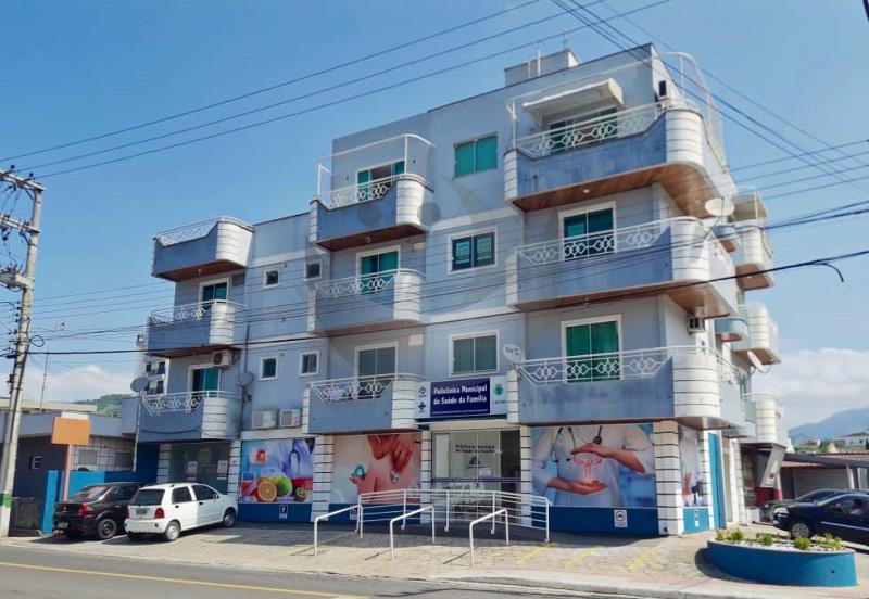 Apartamento Código 135 para alugar no bairro Centro na cidade de Santo Amaro da Imperatriz Condominio edifício bruno eduardo